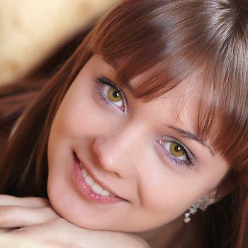 Медовые контактные линзы от DOX